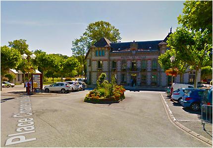 Parking de la Mairie d'Objat