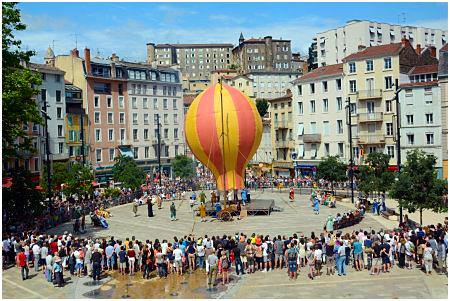 histoire de la montgolfiere-reconstitution Annonay